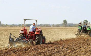 Tractor Ploughs